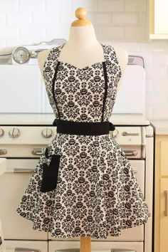 Hey, I found this really awesome Etsy listing at https://www.etsy.com/listing/207061842/retro-apron-black-and-white-floral