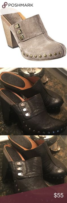 "GET THESE VINTAGE MULES IN BLACK! These are solid, heavy leather clog shoes with cute stud details. They are simply beautiful.  Black color.  Some white spots underneath the heels (see pics 8).  Otherwise in really good shape.  4.5"" heels.  Size 10M.  NA Nine West Shoes"