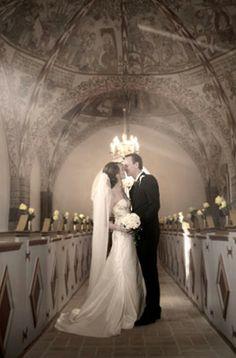 Bryllupsfotograf Herning http://www.voresstoredag.dk/bryllupsfotograf/jylland/herning/
