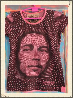Camiseta estampada Mirror manga corta color fucsia.Talla única. Medidas de  la camiseta (cm)   Pecho 43 fe5b8bc5fc1