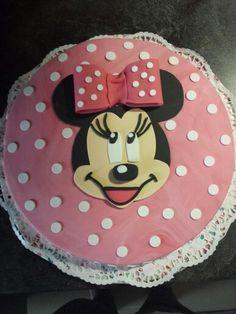 I love minnie mouse