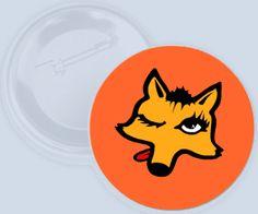 Button s ženským designem lišky :-)