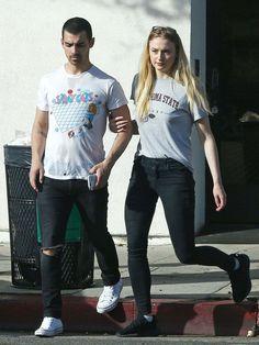Sophie Turner And Joe Jonas Out At Ventura Blvd In Los Angeles