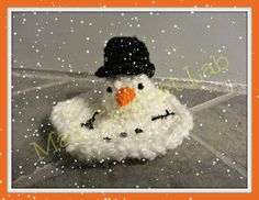 Ravelry: Snowman and Melting Snowman pattern by Mad Crochet Scientist............both patterns are free