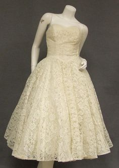 vintage 50's ivory lace tea length wedding dress $275