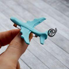 Суббота. Полет нормальный... Брошь для мальчика. Заказ. ----------- #полимернаяглина #самолет #брошьручнойработы #мойсынок