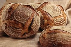Landbrot - HomeBaking - posted by www. Rustic Bread, Home Baking, Baked Goods, Artisan, Breads, Pasta, Food, Oat Flour, Artisan Bread