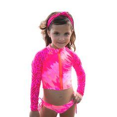 Cute Young Girl, Cool Girl, Little Girl Swimsuits, Beautiful Little Girls, Kids Swimwear, Little Girl Fashion, Rash Guard, Girl Outfits, Tie Dye