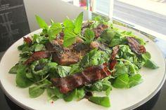Feldsalat mit Leber und Speck, ein tolles Rezept aus der Kategorie Warme Salate. Bewertungen: 16. Durchschnitt: Ø 4,3.