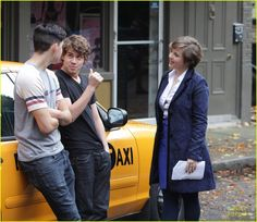 Munro Chambers & Aislinn Paul: NYC 'Degrassi' Scenes! | munro chambers aislinn paul nyc degrassi scenes 01 - Photo