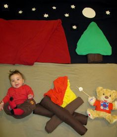 Camping under the stars Born Baby Photos, Monthly Baby Photos, Baby Boy Pictures, Baby Kalender, Baby Bouquet, Baby Christmas Photos, Baby Shots, Baby Gallery, Baby Poses