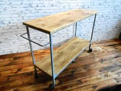 INDUSTRIÁLNÍ VOZÍK starý industriální vozík, původní konstrukce, staré dřevo opracované truhlářem, navoskováno, zajímavý kousek nábytku s pravou industriální patinou rozměry: 133 x 44 cm 87 cm výška