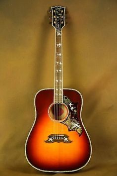 Acoustic Guitar Notes, Custom Acoustic Guitars, Gibson Acoustic, Learn Guitar Chords, Guitar Diy, Gibson Guitars, Cool Guitar, Rare Guitars, Acoustic Guitar Photography