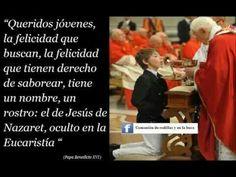 FORMA CORRECTA DE RECIBIR A JESÚS QUE ESTÁ REAL, PRESENTE Y VIVO EN LA SAGRADA COMUNIÓN: DE RODILLAS Y EN LA BOCA.
