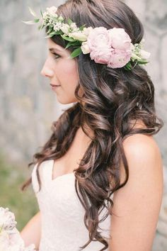 Wedding Hairstyles for Outdoor Weddings - Rapunzel Curls with a Floral Crown