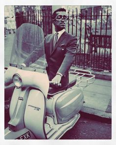 (does he know how to ride a scooter? Piaggio Scooter, Scooter Motorcycle, Vespa Lambretta, Vespa Scooters, Datsun 510, Scooter Girl, Jane Birkin, Mini Bike, Cool Bikes