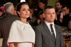 Pin for Later: It Doesn't Look Like Angelina Is Missing Brad on the Red Carpet