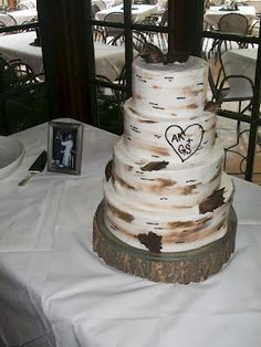 wedding cakes, outdoor cakes, tree cakes, 4 tier cakes, round cakes, http://tiered-expressions.com