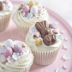 Lots of yummy Easter cupcakes baked today! Is there anything better than the smell of Mini Eggs & freshly baked vanilla cupcakes? Easter Cupcakes, Baking Cupcakes, Vanilla Cupcakes, Yummy Cupcakes, Cupcake Cakes, Easter Cake, Creative Cake Decorating, Creative Cakes, Easter Recipes
