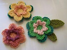 Crochet Stories: 3 layered crochet flowers - Tutorial
