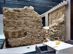 Bitácora de Juancar. Valencia Centro Histórico en imágenes. Rincones y lugares. : Un hotel con restos de más de 2000 años en el cora...