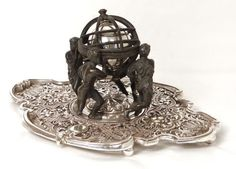 Encrier en bronze à décor d'une sphère armillaire, Lerolle Frère, XIXe siècle