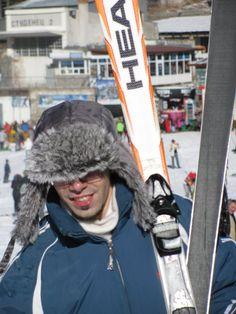 skiing Skiing, Winter Hats, Photography, Fashion, Ski, Moda, Photograph, Fashion Styles, Fotografie