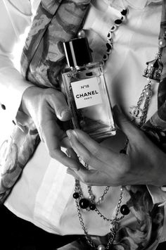 BLACK AND WHITE...  Chanel