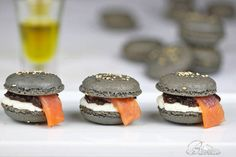 macarons amb chutney, formatge crema i salmó One Bite Appetizers, Great Appetizers, Macaroons, Chutney, Queso Fresco, Recipe For 4, Molecular Gastronomy, Finger Foods, Catering