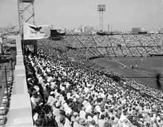 The San Francisco Giants on Opening Day, April 15, 1958 at Seals Stadium against the Dodgers. Photo: The Chronicle 1958
