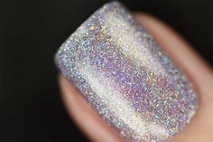 Home Sweet Home is a stunning soft lavender Ultra Holo nail polish with an incredibly crisp and sparkly finish.   The soft and sheer lavender tint in Home Sweet Home is the perfect canvas for our jaw-dropping Ultra Holo pigments to radiantly shine like nothing you've seen before! Home Sweet Home is serious in-your-face magic!  Home Sweet Home is part of ILNP