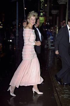 Diana de Gales de rosa