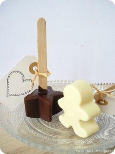 Cadeau gourmand pour Noël : Des cuillères au chocolat à plonger dans un lait chaud !