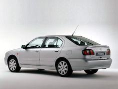 Nissan Primera (1999 – 2002).