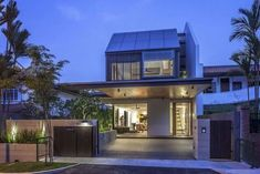 Far Sight House by Wallflower Architecture + Design Architecture Design, Singapore Architecture, House Paint Exterior, Exterior House Colors, Painted Brick Ranch, Singapore House, House Color Palettes, House Paint Color Combination, House Design Pictures