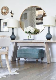 Top 5 Tips for Making Your Home Feel Cozy and Inviting - ZDesign At Home #Foyerdecorating