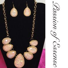 """🎀SOLD 🎀 🎀Peach diamond shape necklace set🎀This Necklace has its own statement you can either dress it up or dress it down,  with diamond shape earrings 12"""" L Fashion Jewelry Necklaces"""