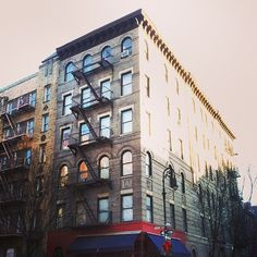 Building from the show FRIENDS - NYC #newyorkcityinspired