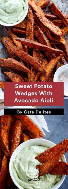 Crispy Sweet Potato Wedges With Garlic Avocado Aioli healthier fourthofjuly recipes Healthy Cooking, Healthy Snacks, Healthy Eating, Cooking Recipes, Cooking Games, Healthy Recipes With Avocado, Healthy Drinks, Healthy Recepies, Cooking Pasta