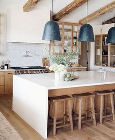 Home Decor Kitchen, Kitchen Interior, New Kitchen, Home Kitchens, Kitchen Design, Updated Kitchen, Kitchen Remodel, Sweet Home, New Homes
