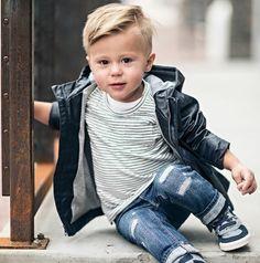 Coupe de cheveux bébé photo garçons 2019