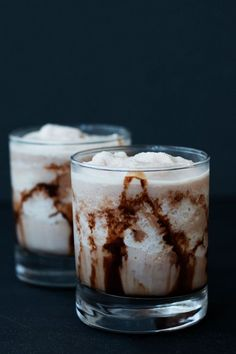 This Lite Frozen Chocolate Monkey Cocktail hits all the buttons without the guilt. via /blenderhappy/