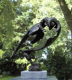 Open gehouden tuinbeeld. O Cowboy Pictures, Metal Art Sculpture, Ceramic Owl, Clay Animals, Animal Sculptures, Metal Crafts, Cool Art, Street Art, Pottery