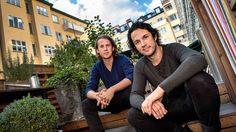 I Norge har deras show sålt slut – och hyllats av kritikerna. Snart uppträder humorduon Ylvis i Stockholm: – Det kanske bara går utför nu, säger de.