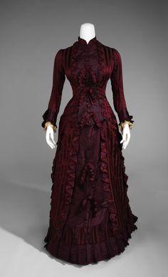 Wedding Dress c.1877 Metropolitan Museum Of Art