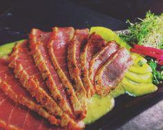 #tuna #tunczyk #tataki #wasabi #daikon #takuan #ginger #sos #izakaya #gdansk #sushi #sushibar #maincors by sushi.and.you