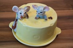 Cute Vintage Mouse Covered Cheese Saver by PatsyAndAliceVintage