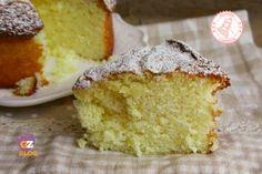 TORTA AL LATTE SOFFICE SENZA UOVA BURRO E OLIO Delicious Desserts, Dessert Recipes, Yummy Food, Cannelloni Ricotta, Sweet Light, Eggless Recipes, Torte Cake, Classic Cake, Little Cakes