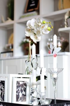 Spring Has Sprung Home Tour using neutrals and faux flowers and greenery