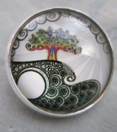 GLASS DOME BUTTON OF GREEN TREE ON CLIFF WITH LANDSCAPING - CUTE!